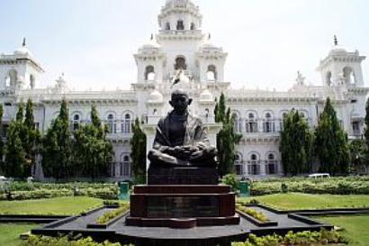 AP Assembly suspends 22 MLAs for 2 days