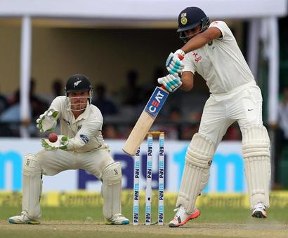 India reach 252/4 at lunch on Day 4