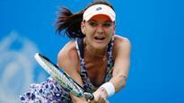 Wimbledon 2016: Agnieszka Radwanska wins quick match under centre court roof