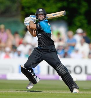 This batsman hit six sixes in an over and Worcestershire still lost!