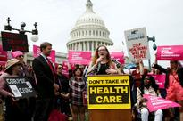 US senators vote in favour of debating Obamacare repeal