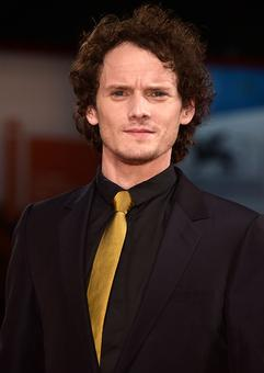 Celebs mourn Star Trek actor Anton Yelchin's death