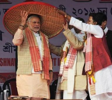 'One family' not letting RS function, Modi says at Assam rally