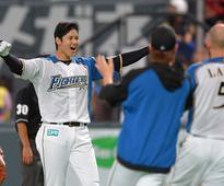 Baseball: Otani has last laugh, lifts Fighters to 1st Series win (2016/10/26)