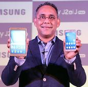 Samsung Galaxy J2 and J Max 2016 launched with first Turbo Speed Technology and Smart Glow