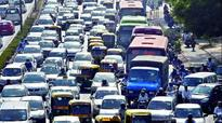Chaos as diesel cabbies of Delhi protest