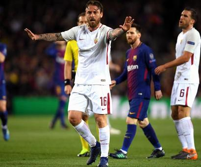 PHOTOS: Barcelona secure big win as Roma self-destruct