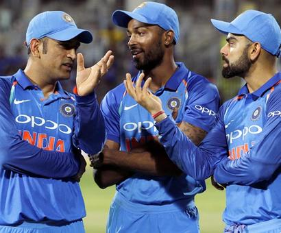 'To have a guy like Dhoni in the team is very helpful'