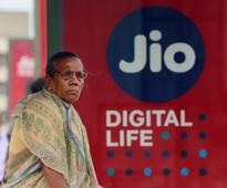 Jio to raise Rs 20000 crore through rights issue