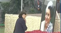 Sonia, Rahul pay floral tribute to Indira Gandhi on her 100th birth anniversary