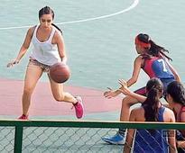 Shraddha Kapoor impresses basketball players at Miranda House