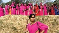 UP Elections 2017: Gulabi Gang's Sampat Pal in state's poll fray