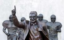 Over 200 Penn State football players demand return of Paterno statue
