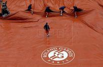 TENIS ROLAND GARROS  - Poco tenis bajo la lluvia en el debut de Roland Garros