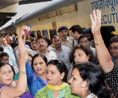Kejriwal faces protests from Delhi to Punjab