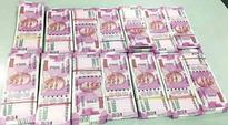 Kerala: Police recover 2,000 rupee notes worth Rs 52 lakh, 3 arrested