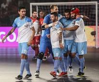 Premier Futsal: Ryan Giggs' Mumbai and Michel Salgado's Kochi to face