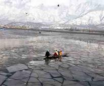 Leh freezes at minus 14, J&K reels under cold wave