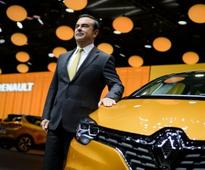 French government threatens Renault on chief's pay