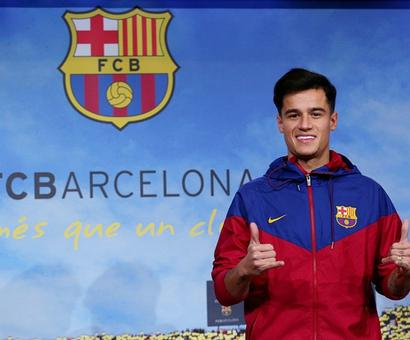 First Look: Barcelona present new signing Coutinho