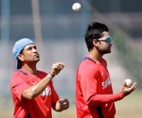 Virat, Sachin's Twitter exchange floors fans