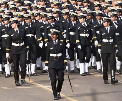 Parrikar moots the idea for raising all women battalion