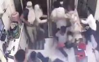 Mathura jewellery shop loot: UP jewellers stage angry protests, dharna