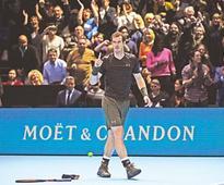 Murray aces Djokovic test