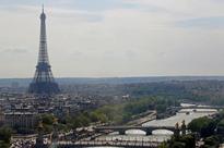 Strikes, protests pose new headache for Paris tourism