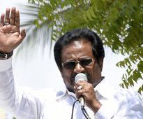 39 TNCC district presidents oppose Thirunavukkarasar
