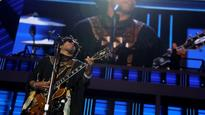 NHL goes Lenny Kravitz's way to replace Green Day