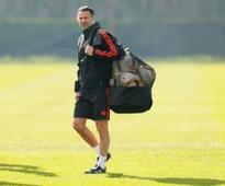 Giggs walks away from Swansea offer