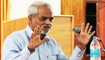 Mediocre teachers responsible for poor ranking of St Stephens college: Valson Thampu