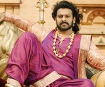 Baahubali Writer Is Working On Sequels of Nayak, Rowdy Rathore