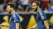 Lionel Messi like Batman compared to other players - Sevilla's Jorge Sampaoli