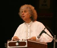 Pt Shiv Kumar Sharma to get lifetime achievement award