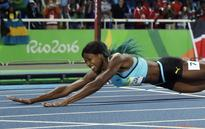 The 17 funniest memes after Shaunae Miller's epic gold-winning dive
