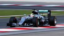 Malaysian GP: Lewis Hamilton sends clear message after fastest lap in final practice session