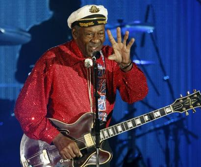 Rock n' Roll legend Chuck Berry dies at 90
