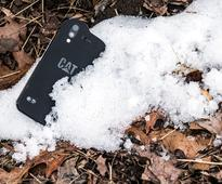 Cat S61 rugged Android smartphone with enhanced thermal camera, indoor air quality sensor announced