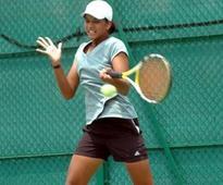 Sowjanya wins singles title