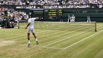 Wimbledon: Vintage Roger Federer breezes past Mischa Zverev into last 16