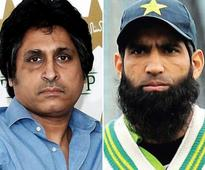 Ex-Pak cricketers Yousuf, Raja in war of words on Aamir issue