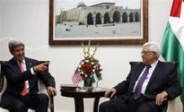 Kerry meets Israelis, Palestinians in bid to revive talks