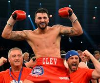 Nathan Cleverly wins second world title after Juergen Braehmer forced to withdraw with injury