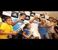In pics: Dwayne Bravo shows his moves to young fans in Delhi