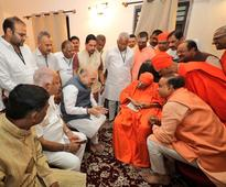 Ahead of Karnataka assembly polls, Amit Shah seeks 110-year-old Lingayat seer's blessings