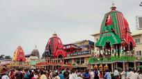 Jagannath rath yatra continues despite rain, chariots reach Gundicha temple