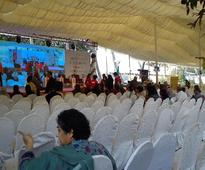 Day 2: The performing arts take centre stage at Karachi Literature Festival