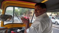 #BMCElections: Borivali auto driver ferries voters for free